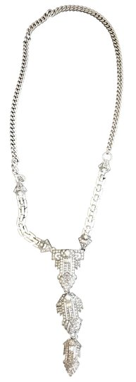 Preload https://img-static.tradesy.com/item/25690008/stella-and-dot-silver-and-crystal-casablanca-pendant-necklace-0-2-540-540.jpg