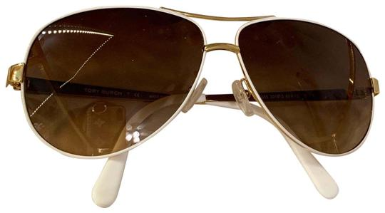 Preload https://img-static.tradesy.com/item/25690261/tory-burch-white-and-gold-trim-aviator-style-6035-sunglasses-0-1-540-540.jpg