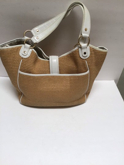 Michael Kors Tote in White patent leather trim/tan woven fabric Image 2