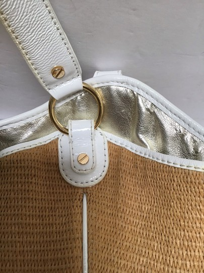 Michael Kors Tote in White patent leather trim/tan woven fabric Image 9