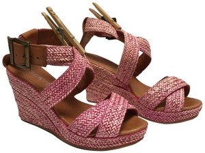 Sesto Meucci Orchid Wedges