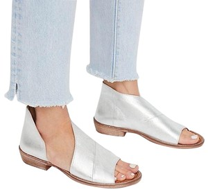 Free People silver Flats