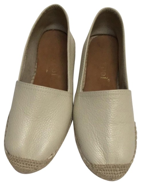 Bone/Off White Leather Flats Size EU 38 (Approx. US 8) Regular (M, B) Bone/Off White Leather Flats Size EU 38 (Approx. US 8) Regular (M, B) Image 1