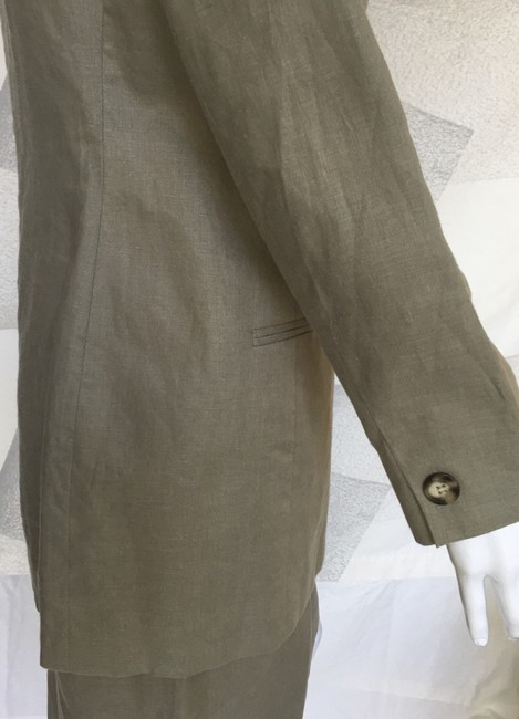 Jones New York Linen skirt suit Image 9