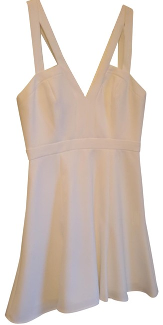 BCBGMAXAZRIA White Fit and Flare Strappy Short Night Out Dress Size 0 (XS) BCBGMAXAZRIA White Fit and Flare Strappy Short Night Out Dress Size 0 (XS) Image 1
