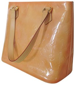 Louis Vuitton Vernis Houston Patent Leather Tote in Peach