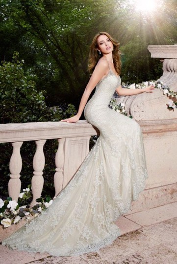 Moonlight Bridal Ivory Lace Couture - J6401 - New Sexy Wedding Dress Size 8 (M) Image 2