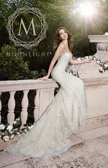 Moonlight Bridal Ivory Lace Couture - J6401 - New Sexy Wedding Dress Size 8 (M) Image 3
