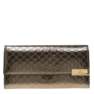 a34096807 Gucci Metallic Grey Microguccissima Patent Leather Continental Wallet