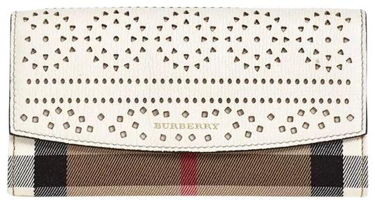 Preload https://img-static.tradesy.com/item/25691165/burberry-multicolor-check-and-perforated-flap-wallet-0-2-540-540.jpg