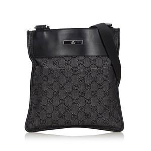 Gucci 9ggucx012 Vintage Canvas Leather Cross Body Bag