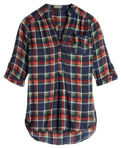 Market & Spruce Button Down Shirt blue green and red