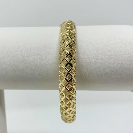 Other 14k Yellow Gold Etched Diamond Cut Fancy Bangle Bracelet 7 Inches Image 1