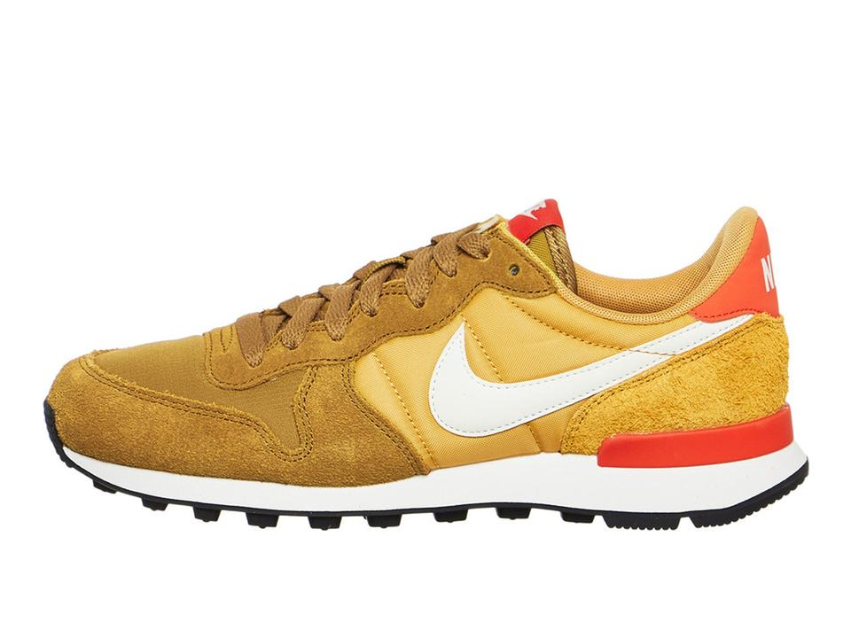 énorme réduction 7bfec 55494 Nike Muted Bronze/Summit Internationalist Sneakers Size US 9.5 Regular (M,  B) 10% off retail