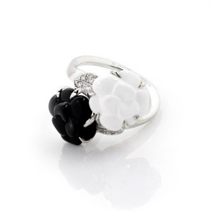 Chanel Camellia Diamonds Carved Onyx & Agate 18k White Gold Floral Ring