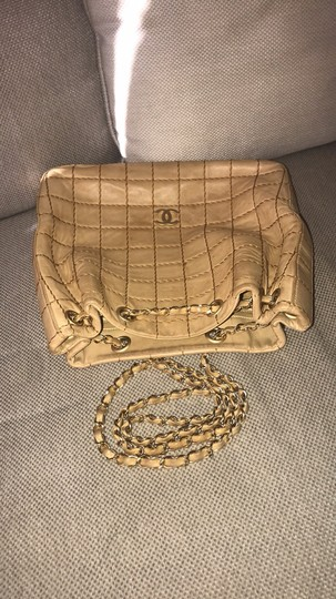 Chanel Lamskin Quilted Chain Drawstring Tote in Beige Image 10