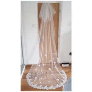 Long White Ivory 3m/10ft 2t Two Layer Cathedral with Comb Lace Edge Bridal Veil