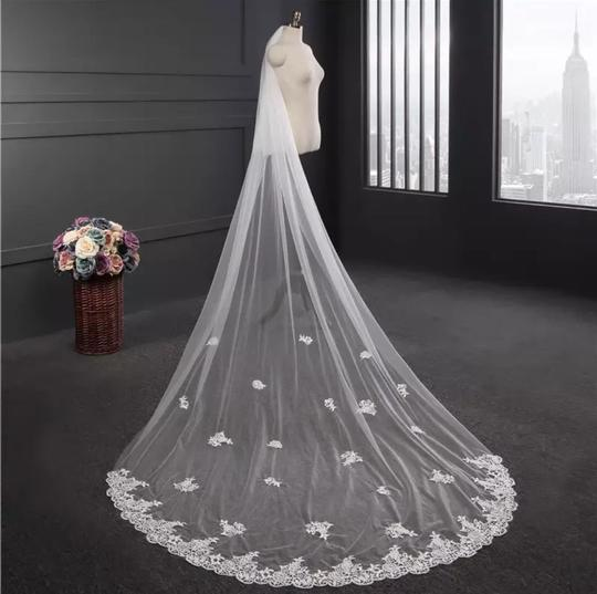Long White Ivory 3m/10ft 2t Two Layer Cathedral with Comb Lace Edge Bridal Veil Image 3