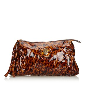 Gucci 9ggucl002 Vintage Patent Leather Brown Clutch
