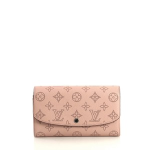 Louis Vuitton Wallet Iris Wristlet in pink