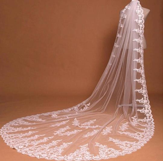 Long White Ivory 10ft-3m/15ft-4.5m Cathedral Bridal Veil Image 1