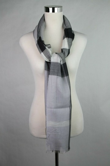 Burberry Burberry Pale Gray Wool Silk Checkered Scarf 39313231 Image 2