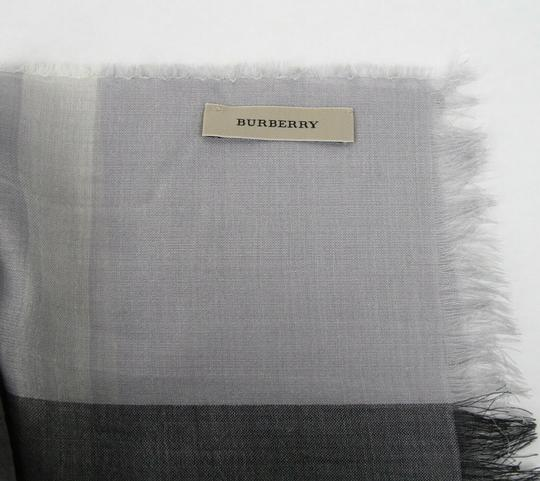 Burberry Burberry Pale Gray Wool Silk Checkered Scarf 39313231 Image 7
