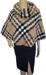 Burberry Nova Check House Check Fringe Hem Monogram Plaid Cape