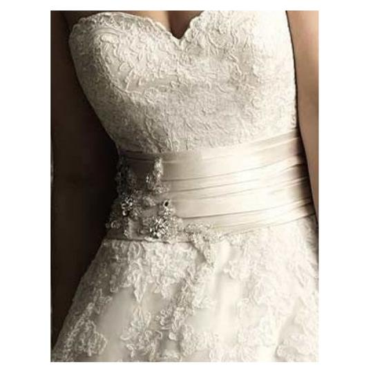 Allure Bridals Ivory Lace 8850 By Feminine Wedding Dress Size 12 (L) Image 1
