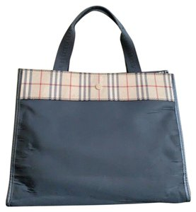 Burberry London Canvas Made In Italy Nylon Canvas Tote in Black, Beige