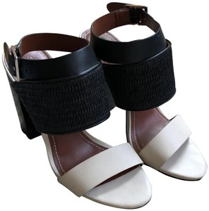 Elizabeth and James Elizabethandjames Chic Chunkyheel Leather Woven Black and Tan Sandals