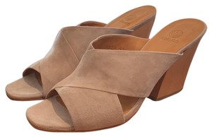 Coclico Taupe Sandals