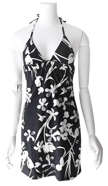 Preload https://img-static.tradesy.com/item/25700948/chanel-dark-grey-and-white-04s-summer-swimming-floral-fr36-one-piece-bathing-suit-size-6-s-0-1-650-650.jpg