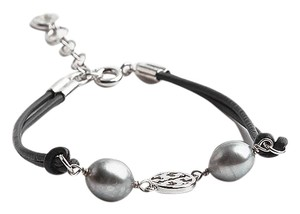 Tory Burch New Tory Burch Miller Pearl Bracelet Cultured Pearls Leather SILVER