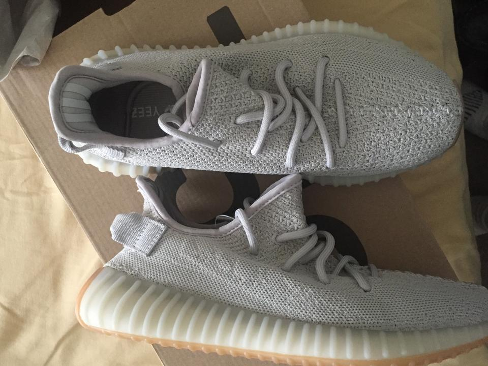 the best attitude 3a270 96815 YEEZY Grey Boost 350 V2 Sesame Ed Sneakers Size US 7.5 Regular (M, B) 21%  off retail