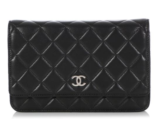 Preload https://img-static.tradesy.com/item/25703593/chanel-quilted-wallet-on-a-chain-woc-black-lambskin-leather-cross-body-bag-0-1-540-540.jpg