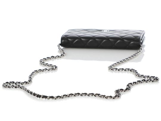 Chanel Ch.q0605.03 Silver Hardware Shw 2009 Reduced Price Cross Body Bag Image 5