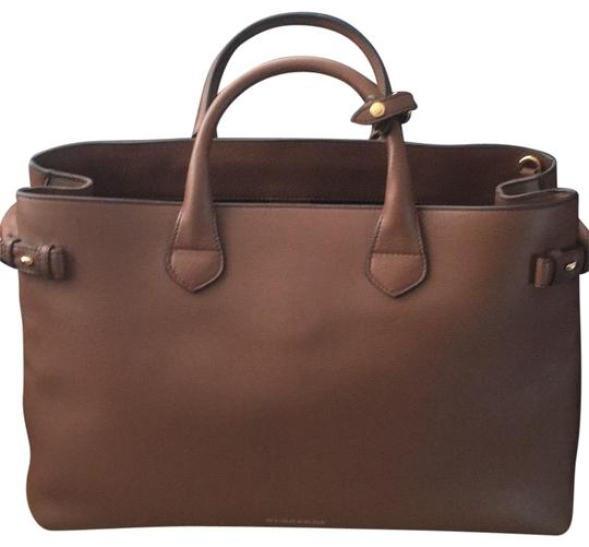Burberry Tote in Tan Image 0
