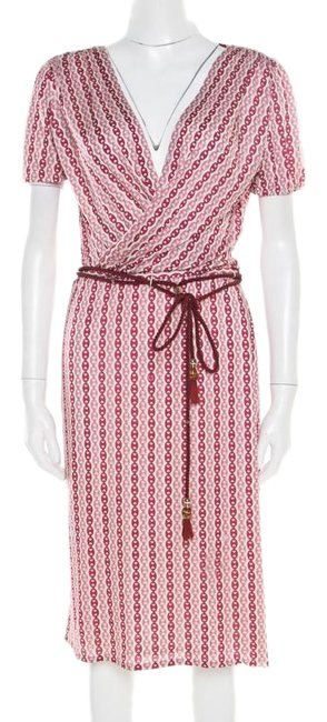 Preload https://img-static.tradesy.com/item/25703645/gucci-burgundy-off-white-and-printed-plunge-neck-belted-wrap-mid-length-night-out-dress-size-6-s-0-1-650-650.jpg