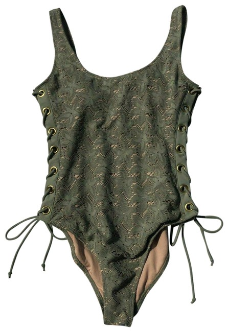 Preload https://img-static.tradesy.com/item/25703671/no-boundaries-gray-crochet-lace-up-swimsuit-one-piece-bathing-suit-size-14-l-0-1-650-650.jpg
