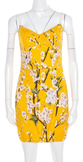 Preload https://img-static.tradesy.com/item/25703724/dolce-and-gabbana-yellow-almond-blossom-print-cotton-bustier-sheath-short-casual-dress-size-6-s-0-1-650-650.jpg