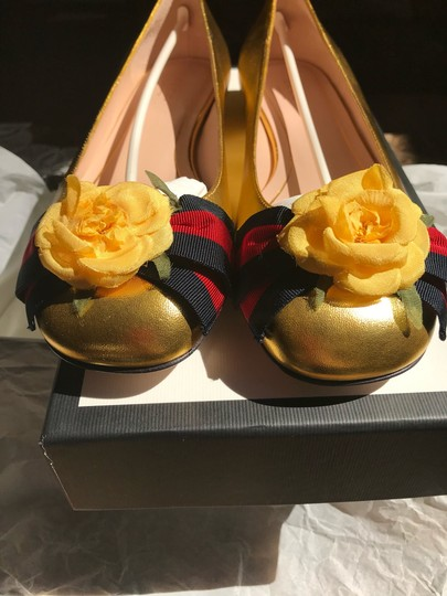 Gucci Metallic Gold Flats Image 4