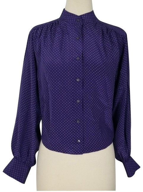 Preload https://img-static.tradesy.com/item/25703830/club-monaco-purple-and-white-nita-silk-blouse-size-0-xs-0-1-650-650.jpg