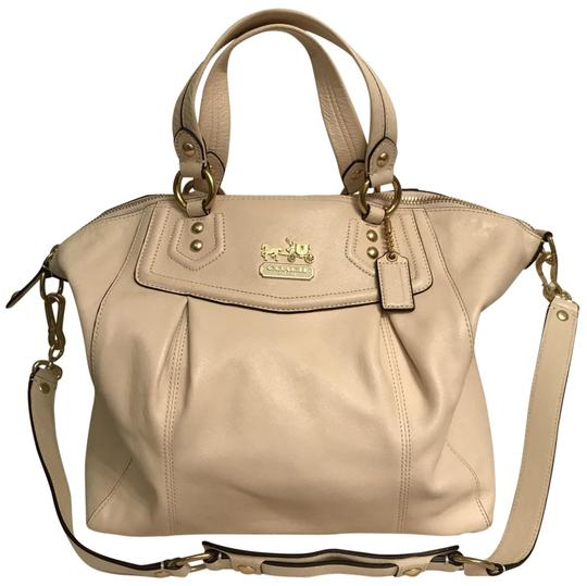 Preload https://img-static.tradesy.com/item/25703933/coach-lg-madison-claire-14334-beige-white-gold-leather-satchel-0-1-540-540.jpg