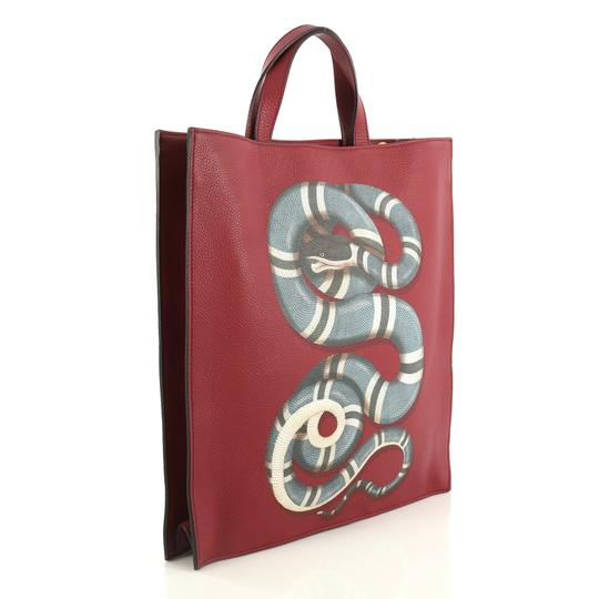 Gucci Convertible Soft Open Leather Tote in red Image 1
