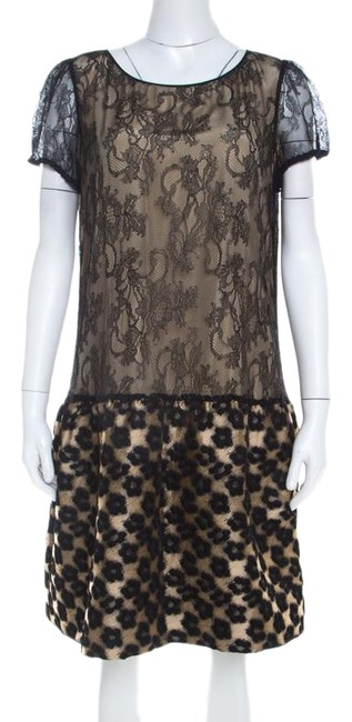 Preload https://img-static.tradesy.com/item/25704107/red-valentino-beige-l-black-floral-lace-and-jacquard-paneled-sleeve-short-casual-dress-size-14-l-0-1-650-650.jpg