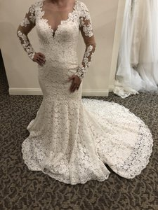 Allure Bridals Ivory / Gold Lace 9377 Traditional Wedding Dress Size 6 (S)