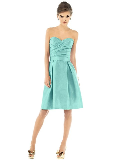 Item - Coastal D538 Traditional Bridesmaid/Mob Dress Size 20 (Plus 1x)