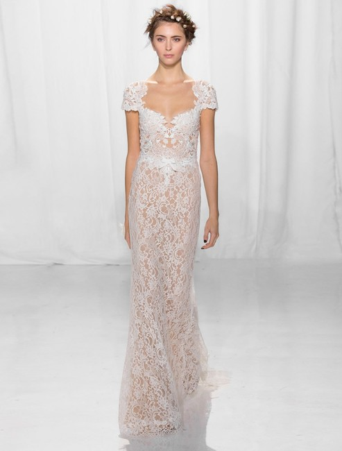 Item - Cream Embroidered Lace / Tulle Cheri 5624 Sexy Wedding Dress Size 10 (M)