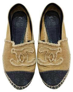 34743b1167d Chanel Shoes on Sale - Up to 70% off at Tradesy (Page 4)